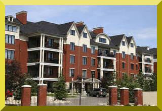 apartment complex in chicago area