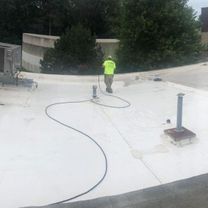 commercial roof cleaning company