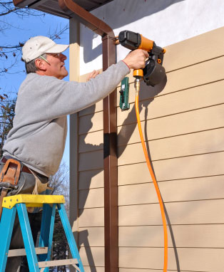 how to choose the best siding contractor for your home